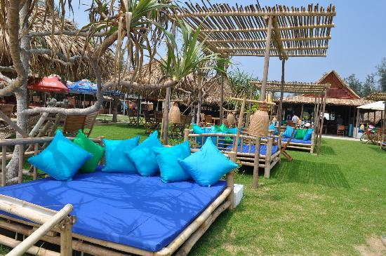 Jaspas Beach Club : chill all day