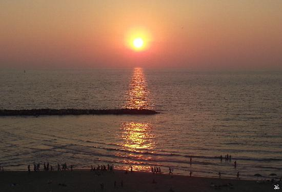 Sheraton Tel Aviv: Sunset from my room