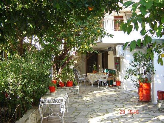 Guesthouse Kouvlaki