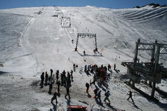 Hotel Des Neiges : Pui Salie the glacier we skied on.
