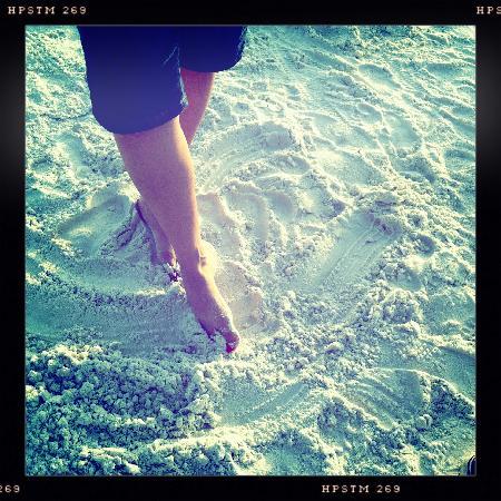 ذا رينجلنج بيتش هاوس: sugary soft sand
