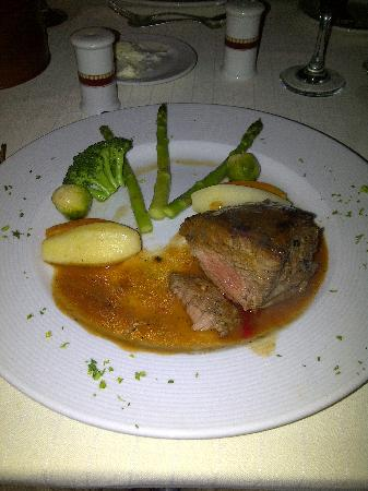Secrets St. James Montego Bay: French food is must, Chateau Briand