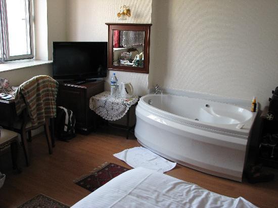 Ada Hotel Istanbul: Unser Yahuzzi