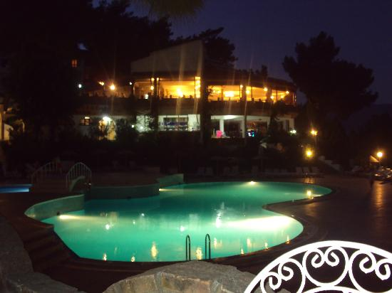 Halici Semera Holiday Village : Restaurant and Pool