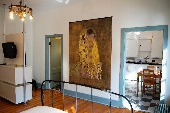 lofts@920: Studio Suite