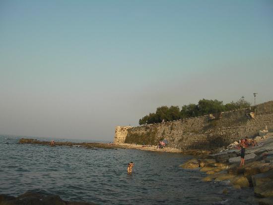 Riva del Sole Hotel & Residence : trani sea view