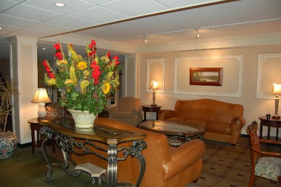 Radnor Hotel: Front Lobby