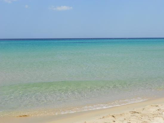 I Menhirs: Non sono le Maldive ma Costa Rei