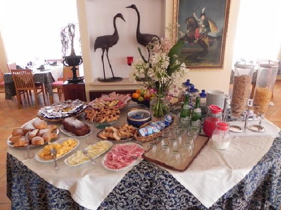 Hotel Villa Rita: Breakfast!