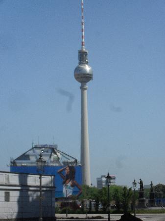 Ibis Berlin Mitte: The Great Berlin Tower