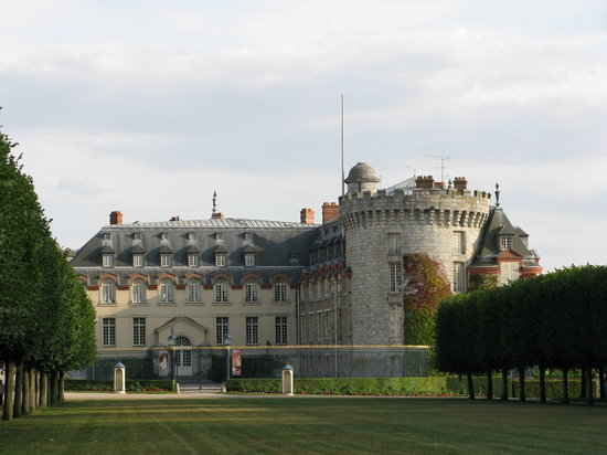 ‪Chateau of Rambouillet‬