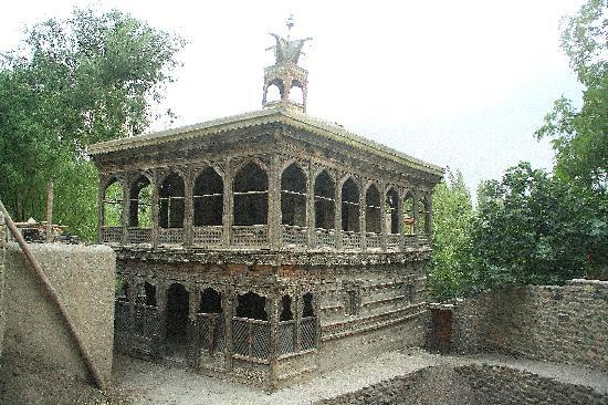 Skardu, Pakistan: old mosque in Shigar