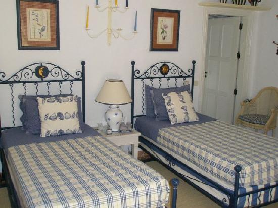 Casa Caseta: en-suite Twin Bedroom