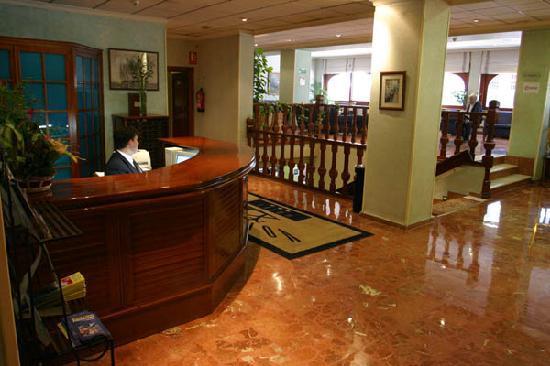 Voramar Hotel: Reception