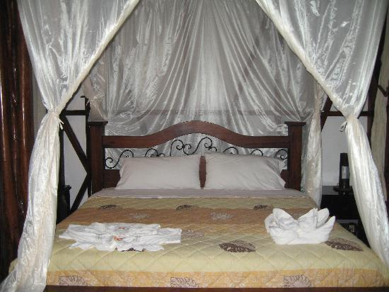 Yasuni National Park, Ecuador: Bed in room