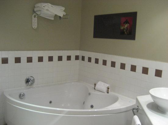 Precise Resort El Rompido - The Hotel: baño(jacuzzi)