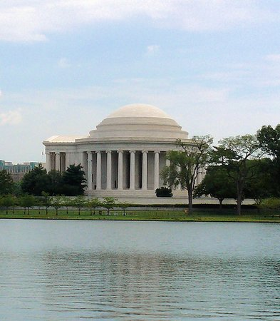 Tiber Creek Private Tours of DC: The Jefferson Memorial