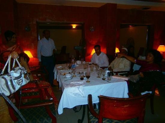 dating restaurants in dhaka