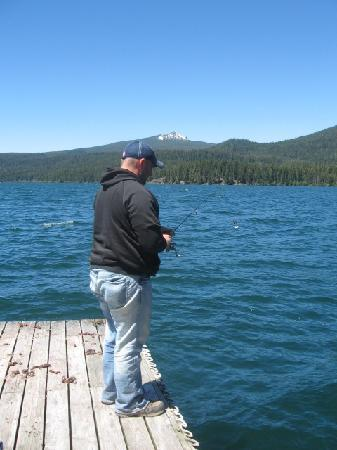 Between the resort campsites picture of odell lake for Oregon free fishing