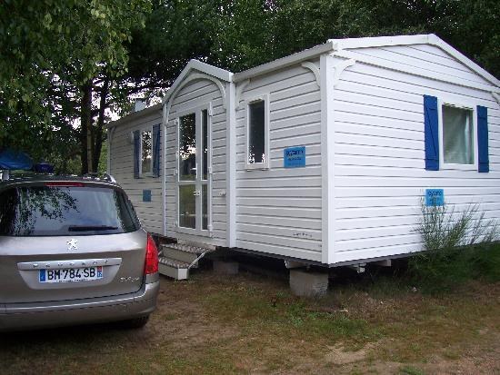 Camping Les Tours: Keycamp Villanova + Rental Car