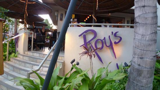 Roy's Waikiki Beach: エントランス