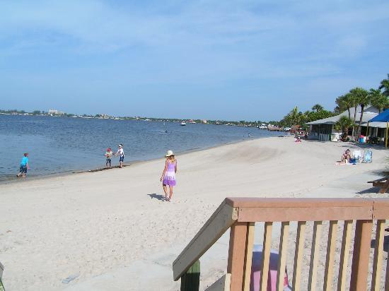 Cape Coral, Floride : Beach View from the Cafe