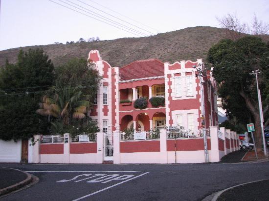 The Villa Rosa: villa rosa
