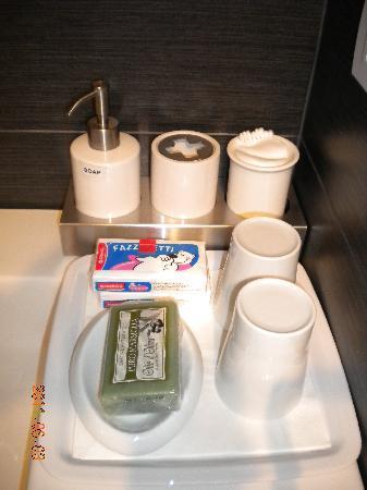 Casa di Maio: Toiletries