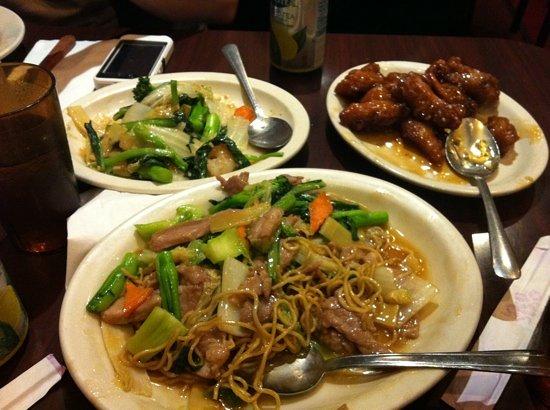 Garden Island BBQ & Chinese Restaurant: Chicken chow mein, orange chicken, and shrimp with mixed vegetables. Yum!