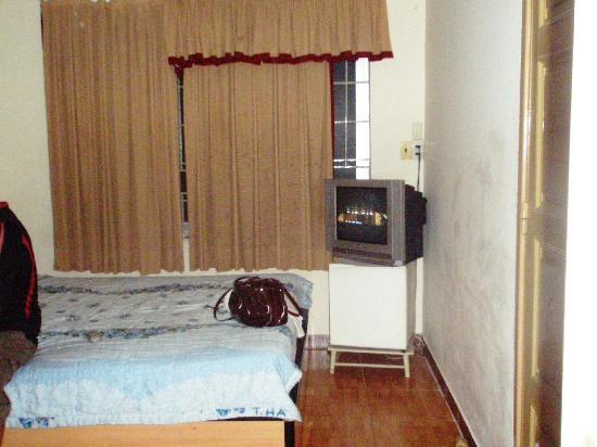 Thien Hai Hotel: Bedroom