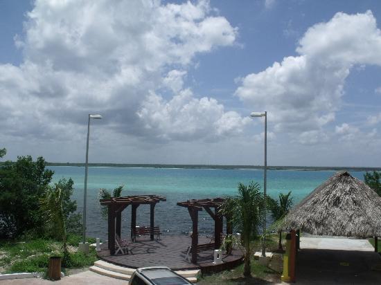 Hotelito El Paraiso: Vista desde la recamara