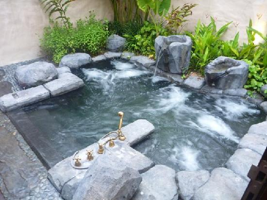 The Banjaran Hotsprings Retreat: The Banjaran Hot Springs Retreat