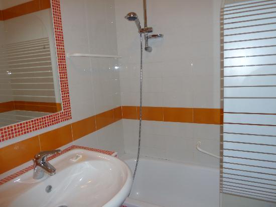 Hotel Bel 3 : salle de bain