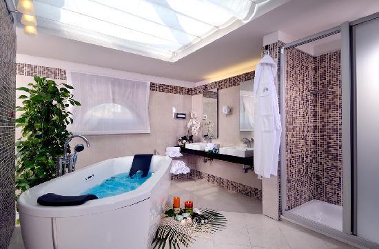 Bagni Da Sogno Foto : Bagno da sogno nella junior suite picture of hotel master