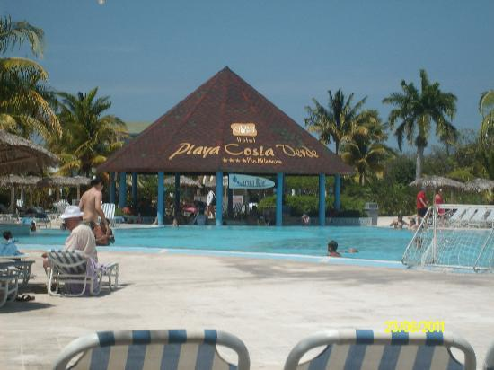 Hotel Playa Costa Verde: pool bar