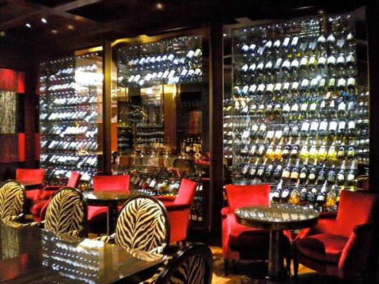 Four Seasons Hotel London at Park Lane: Bar Four Seasons