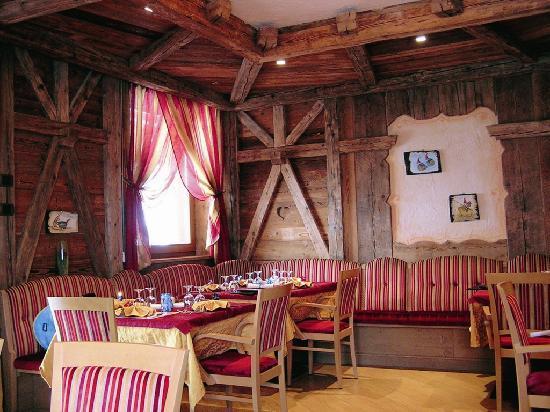 Hotel Ambiez Family & Wellness: La stube dove serviamo piatti delle nostra tradizione culinaria