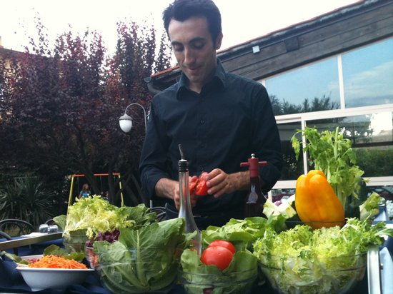 Malafemmmina Antico Girone: Mario and a bespoke salad