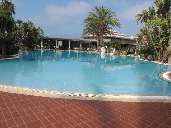 Sunwing Sandy Bay Beach: Fun Pool at Sunwing Resort Sandy Bay