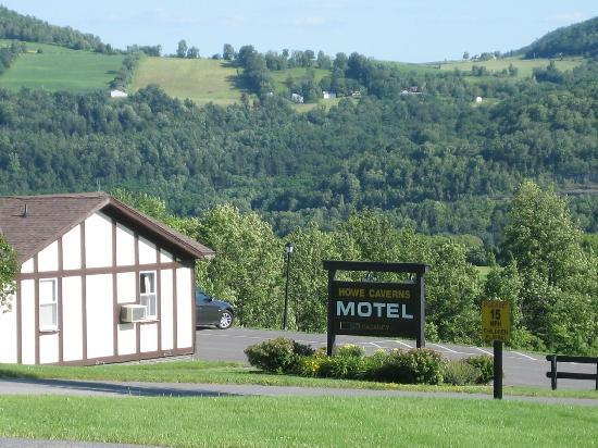 Surrounding Countryside At Howe Caverns Motel