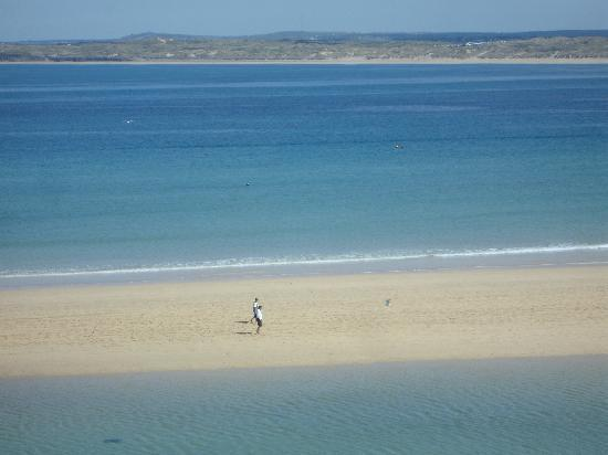 Blue Sky Bed and Breakfast: Porthminster Beach
