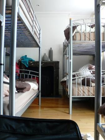 4 Star Hostel: ostello