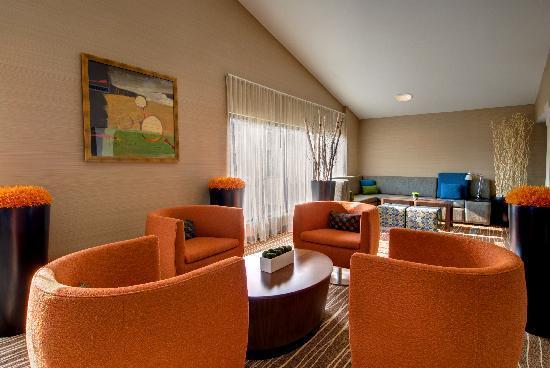 Courtyard Wilmington/Wrightsville Beach: Upper lobby
