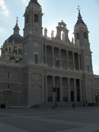 Teatro de Títeres: Catedral de la Almudena