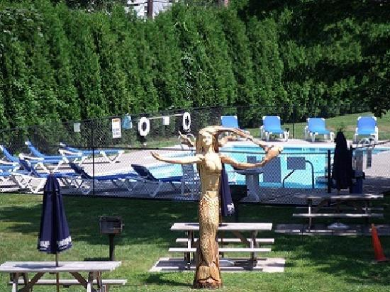 The Blue Inn At North Fork: Mermaid