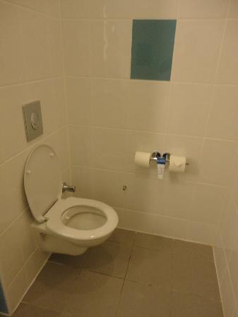 Yomra, ตุรกี: Toilet