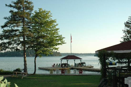 Severn Lodge: dock and waterfront