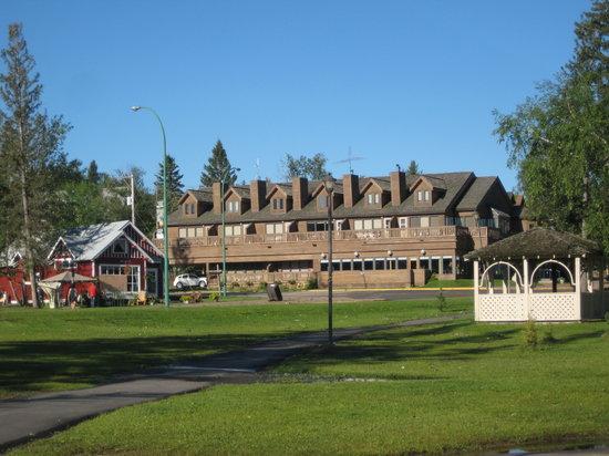 Hawood Inn