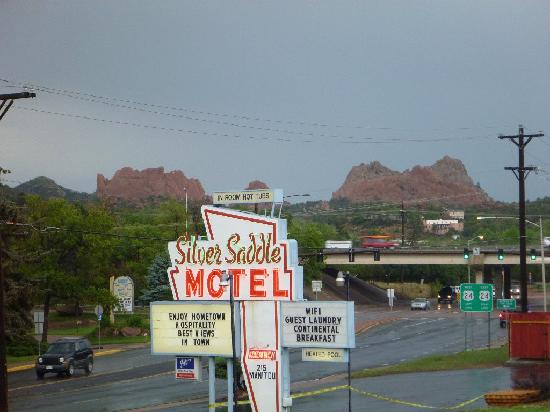 Silver Saddle Motel: Silver Saddle with Garden of gods in Background