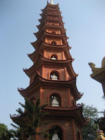 Chua Tran Quoc: Tran Quoc Pagoda 1